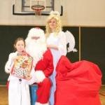Sw. Mikołaj odwiedził nasz klub (106)
