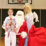 Sw. Mikołaj odwiedził nasz klub (135)
