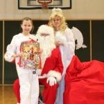 Sw. Mikołaj odwiedził nasz klub (142)