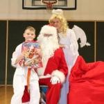Sw. Mikołaj odwiedził nasz klub (144)