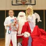 Sw. Mikołaj odwiedził nasz klub (155)