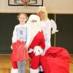 Sw. Mikołaj odwiedził nasz klub (27)
