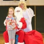 Sw. Mikołaj odwiedził nasz klub (43)
